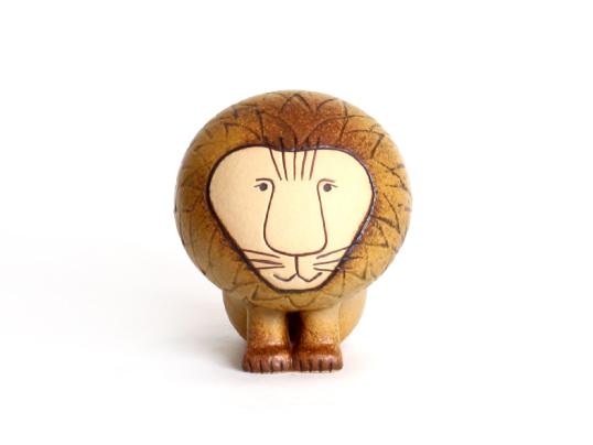 リサ・ラーソン / LION