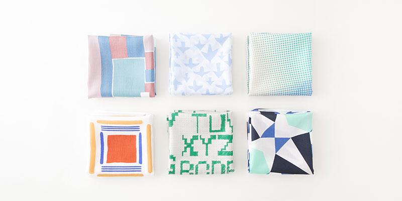 Mapoesieをはじめとしたデザイナーとコラボレーションした「+S Handkerchief series」画像提供:スパイラル / 株式会社ワコールアートセンター Photo by Kimiko Kaburaki