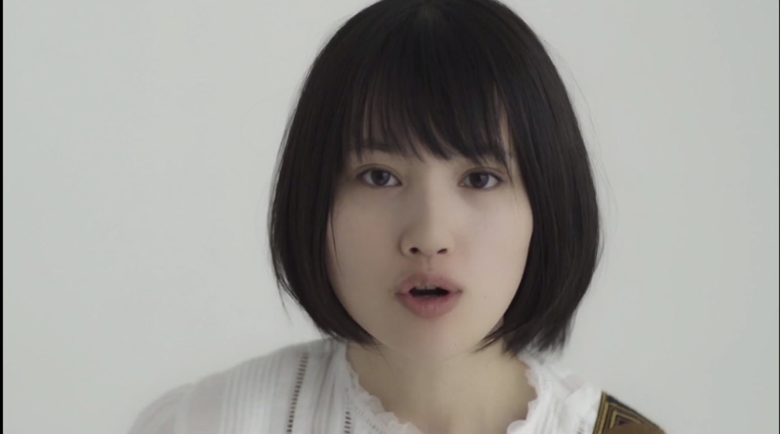新山詩織 / MV