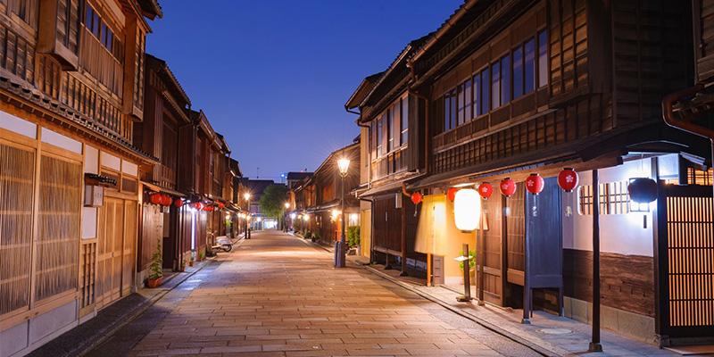 金沢の伝統ある茶屋街「東山」(画像提供:Konel)