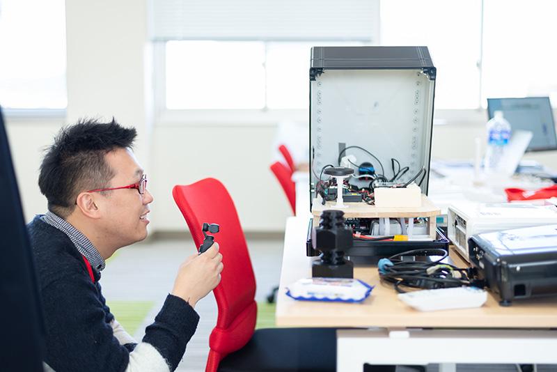 株式会社Ruby開発のオフィスには3Dプリンターやドローンなども揃っていて、興味のあることにチャレンジしやすい環境とのこと。